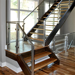 Beau Sterling Homes: Glass Railing
